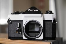 Canon F1 camera body with a new battery
