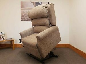 Heavy Duty Bariatric 35st Wide Seat Rise Recline Chair Free Delivery & Set Up