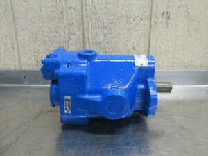 Vickers PVB15-RSY-30-C-11 Hydraulic Variable Displacement Piston Pump 15.66 GPM