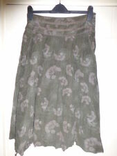 Fat Face size 8 dark green cord skirt floral pattern