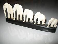 Figurines animalières  couleur ivoire