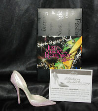 Just The Right Shoe by Lorraine Vail Shoe Miniatures- Lacey Nib