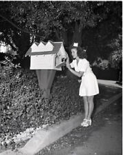 Shirley Temple Rare Original 5x4 B/W Photo Camera Negative 1940's home mailbox