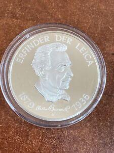 Erfinder der Leica 1879 - 1936 camera sterling silver medal 1 oz