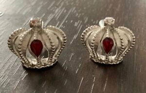 Vintage Swank cuff links Silver W/ Crown Design And a Red Jewel In The Center.
