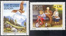 Yugoslavia 1995 Europa/Freedom/Eagle/Bike/Child/Toys/Elderly/Birds 2v set n19780