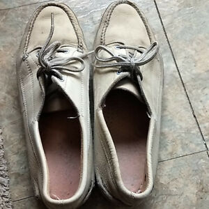 Vintage Sperry Top-Sider Cream Boat Shoes