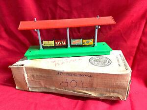 Lionel 1939 PreWar Boxed with Cardboard Insert 156 Station Platfom