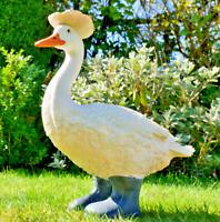 Goose In Boots Garden Bird Ornament Patio Lawn Animal Statue Outdoor Figure New