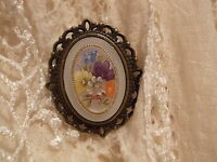Frosted floral cameo brooch