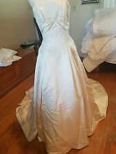 Maggie sottero wedding gown size 10 ivory strapless long train