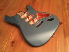 Fender Classic Series 60's Stratocaster® SSS Alder Body Vintage Bridge Mount