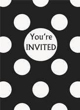 Invitiamo da lettere nere per feste e occasioni speciali