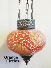 Plafonniers et lustres orange pour la salle de bain