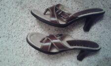 Women's brown strappy MUDD brand shoes  Size 8.5 M.  EUC