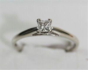 ASTONISHING 14k WHITE GOLD 1/4 CAR SOLITAIRE PRINCESS CUT DIAMOND RING size 6.75