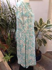 ATLANTA robe Taille 44 / 46 longue polyester sans manche vert imprimé fleurs