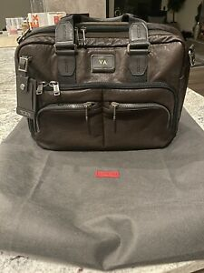 Tumi Albany Slim Commuter Leather Briefcase Brown Leather Computer Laptop Bag
