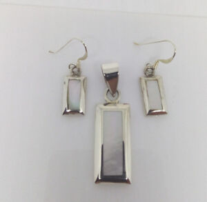Sterling Silver White Mother Of Pearl Rectangulr Shaped Earring/Pendant Set