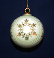 MIB LENOX 1988 ANNUAL CHINA BALL WITH SNOWFLAKE CHRISTMAS ORNAMENT DATED