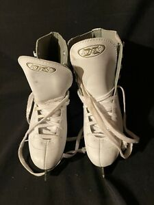 DBX Ice Figure Skates Womens Size US 7 White Ladies