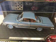 Loc Rizderz 1:32 1961 Chevrolet Impala SS Low Rider Classic Car Die Cast
