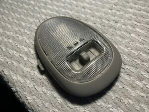 2005 Saturn Vue Chevrolet Equinox OEM interior courtesy dome map light grey