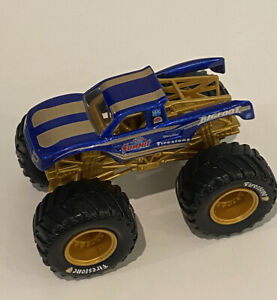 Super RARE Summit Bigfoot CUSTOM 1/64 Hot Wheels Monster Truck Monster Jam Tool