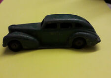 DINKY TOYS Chrysler Royal Sedan 39E