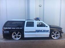 Dub City 2000 Chevrolet Suburban Police Die Cast Car- 1/24 scale by Jada #50650