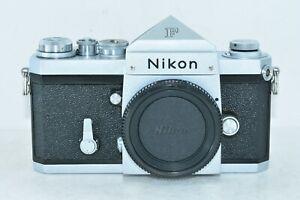 Nikon F Eye Level 35mm Appareil Photo Argentique SLR Argent Corps De Japon Très
