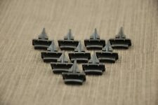 10x DODGE 14MM WINDSCREEN / WINDSHIELD MOUNTING CLIPS