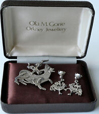 OLA M GORIE MAESHOWE DRAGON BROOCH AND EARRINGS. 1970's