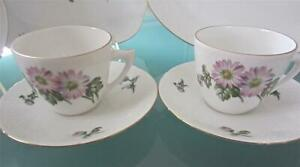 2 BING GRONDAHL B&G Coffee Cups &Saucers PINK DAISY MUMS SCALED RIM-GOLD Denmark