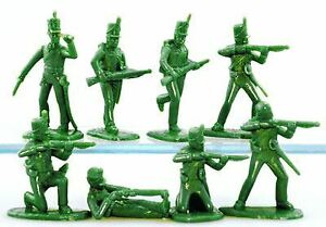 ARMIES IN PLASTIC 95TH RIFLES IN DARK GREEN | 5503