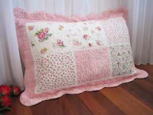 Vintage Style Shabby Pink Rose Patch Crochet Lace Cotton Quilted Pillowcase