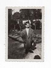 PHOTO ANCIENNE Manteau trop grand Enfant Clown Drôle Curiosité 1940 Déguisement