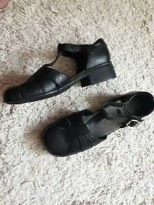 Clarks Friends Together Girl's Leather Shoes Black Size 3G / 36 Nice
