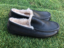 Men's UGG Ascot Black Leather Shearling Lining Slippers Sz 10