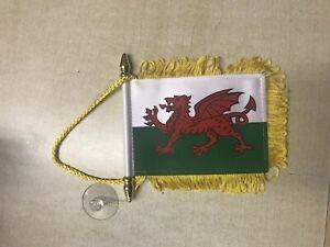 Welsh Miniature Car / Van Flag