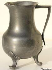 VERSEUSE EN ETAIN D'ART - TITRE LEGAL - H. 14 cm - 425 g