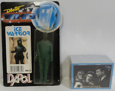 DOCTOR WHO : DAPOL ICE WARRIOR ACTION FIGURE MADE IN 1987 & TRADING CARDS (SCTK)
