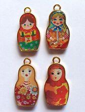 4 x enameled Russa Bambola Charms molto colorita da 14 mm x 26mm GOLD, impostare Numero 2