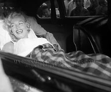 MARILYN MONROE BED IN A CAR watchers 1xRARE 4x6 PHOTO