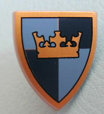 LEGO 3846pb24 @@ Shield Triangular with Gold Crown