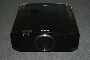 JVC DLA-X3-B Aussteller High End Beamer Schwarz