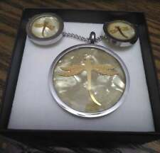 Dragonfly Pendant Necklace And Earring Set with mother pealr