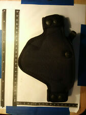 BLACK NYLON GUN HOLSTER (GUN MODEL?) BIANCHI