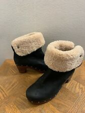 UGG Lynnea Wood Clog Ankle Boots Black Nubuck Shearling Studded Womens Size 8
