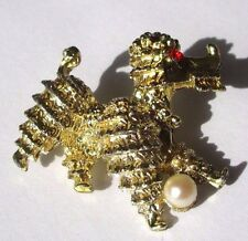 broche bijou rétro couleur or caniche relief perle blanche cristal rubis 4435